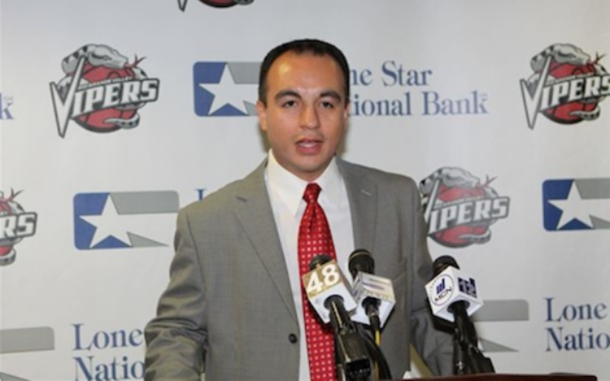 The Mavericks have hired Gersson Rosas as their next general manager. (Dutch Cowgill/NBA.com)