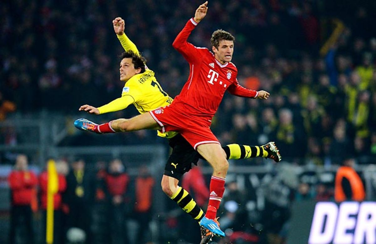 Thomas Muller scored the final goal in Bayern's 3-0 win at Borussia Dortmund.