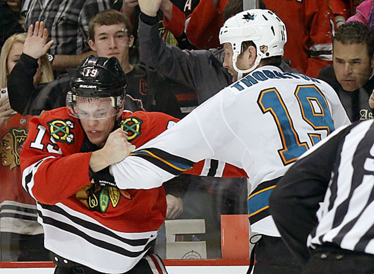 Jonathan Toews and Joe Thornton fought in their last meeting.