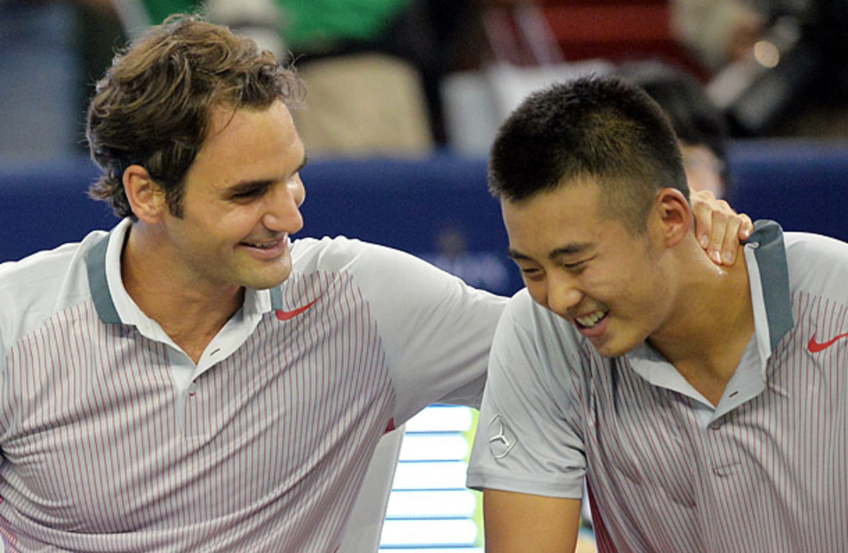 Roger Federer and Zhang Ze