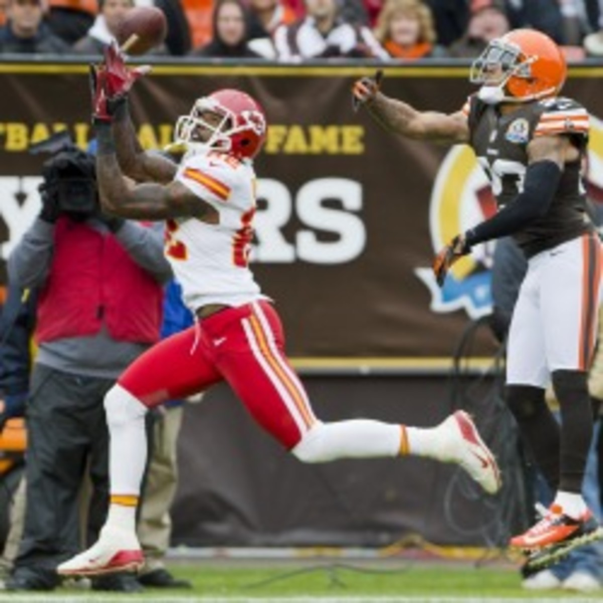 The Chiefs placed receiver Dwayne Bowe on IR with a rib injury. (Jason Miller/Getty Images)
