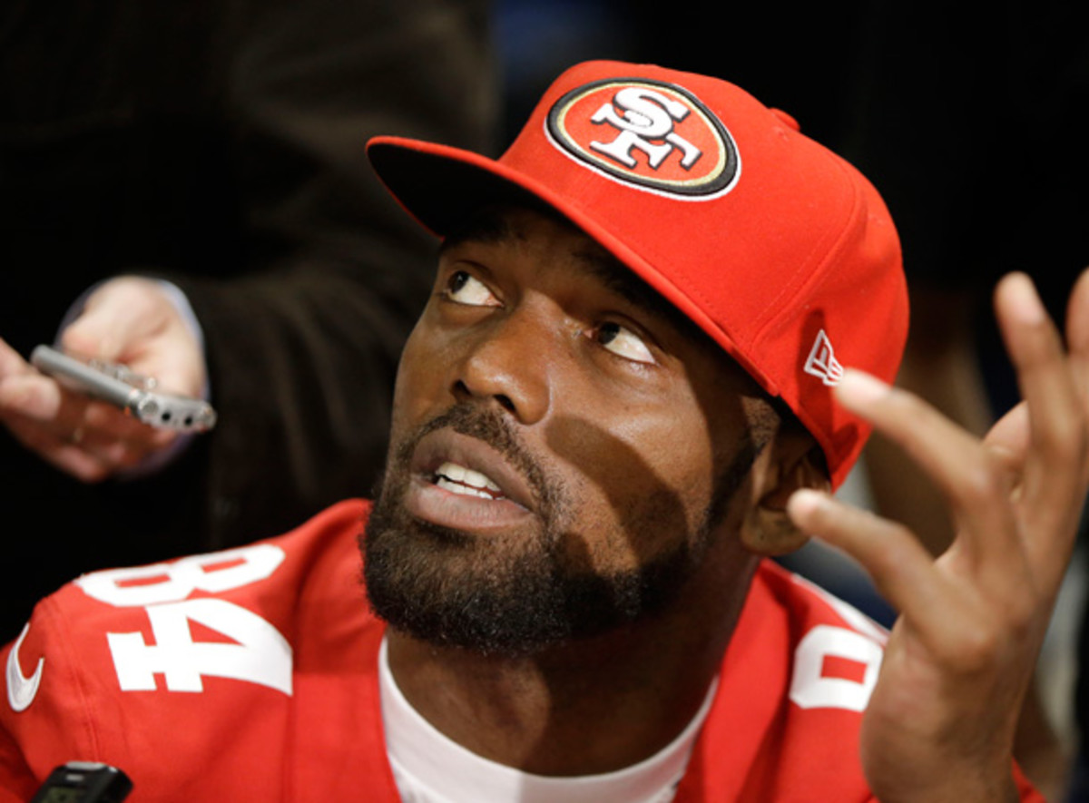 Randy Moss is a Niner no more, but he's working on his horseshoe game. [AP]