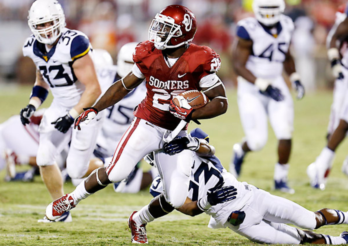 Damien Williams leads the Sooners in rushing touchdowns with seven in nine games.