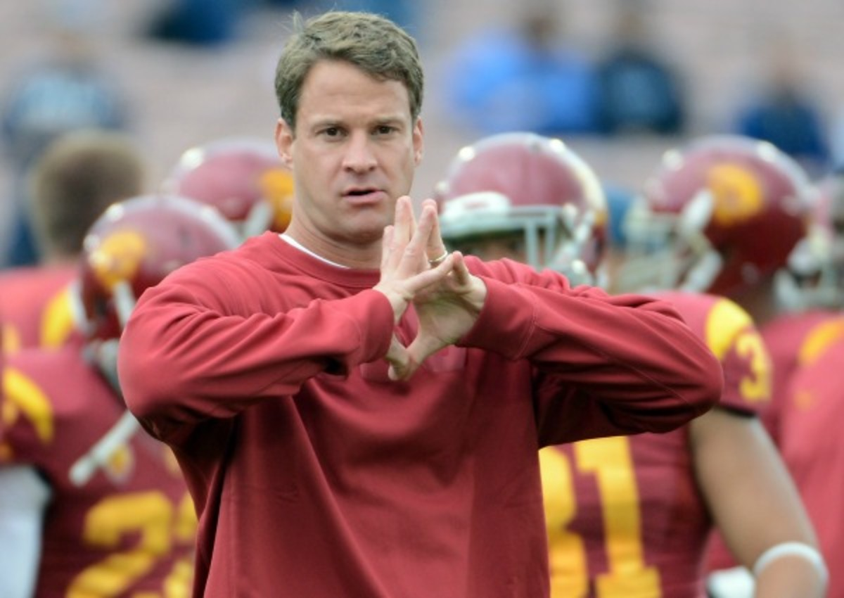 Lane Kiffin became a lightning rod for criticism during his first season as USC head coach. (Harry How/Getty Images)