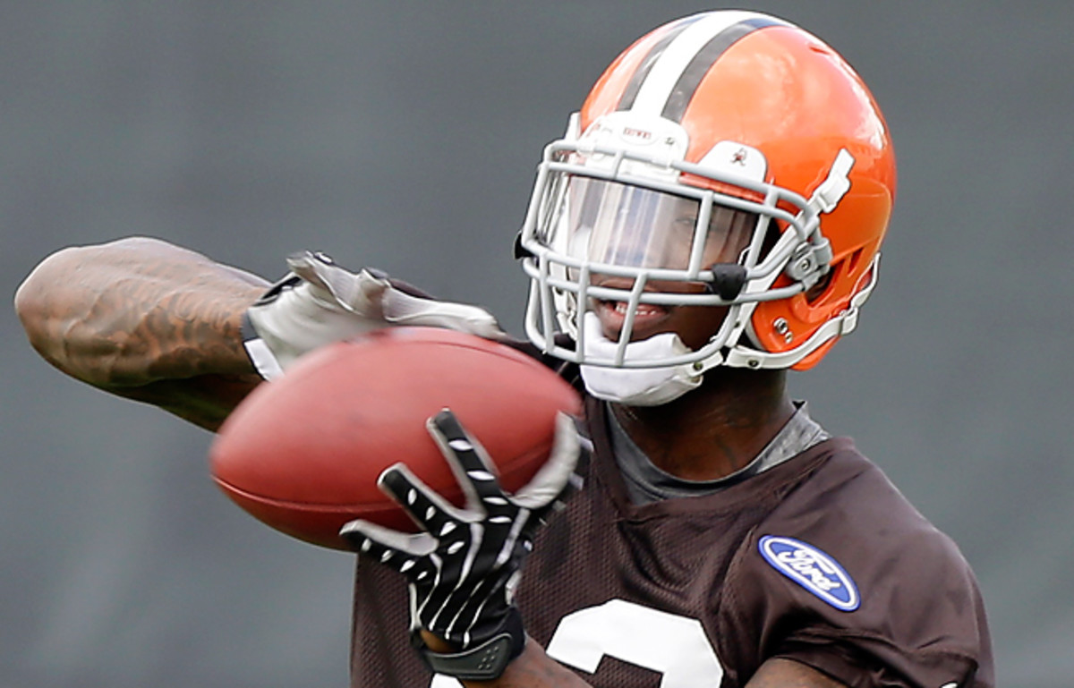Browns receiver Josh Gordon will miss the first two games of the season after violating the NFL's substance-abuse policy.