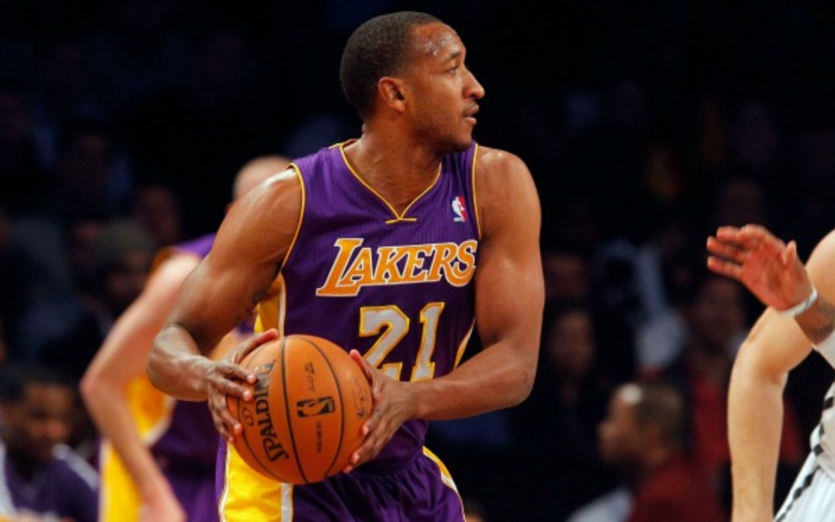 Lakers waive Chris Duhon, saving the team $2 million (Jim McIsaac/Getty Images)