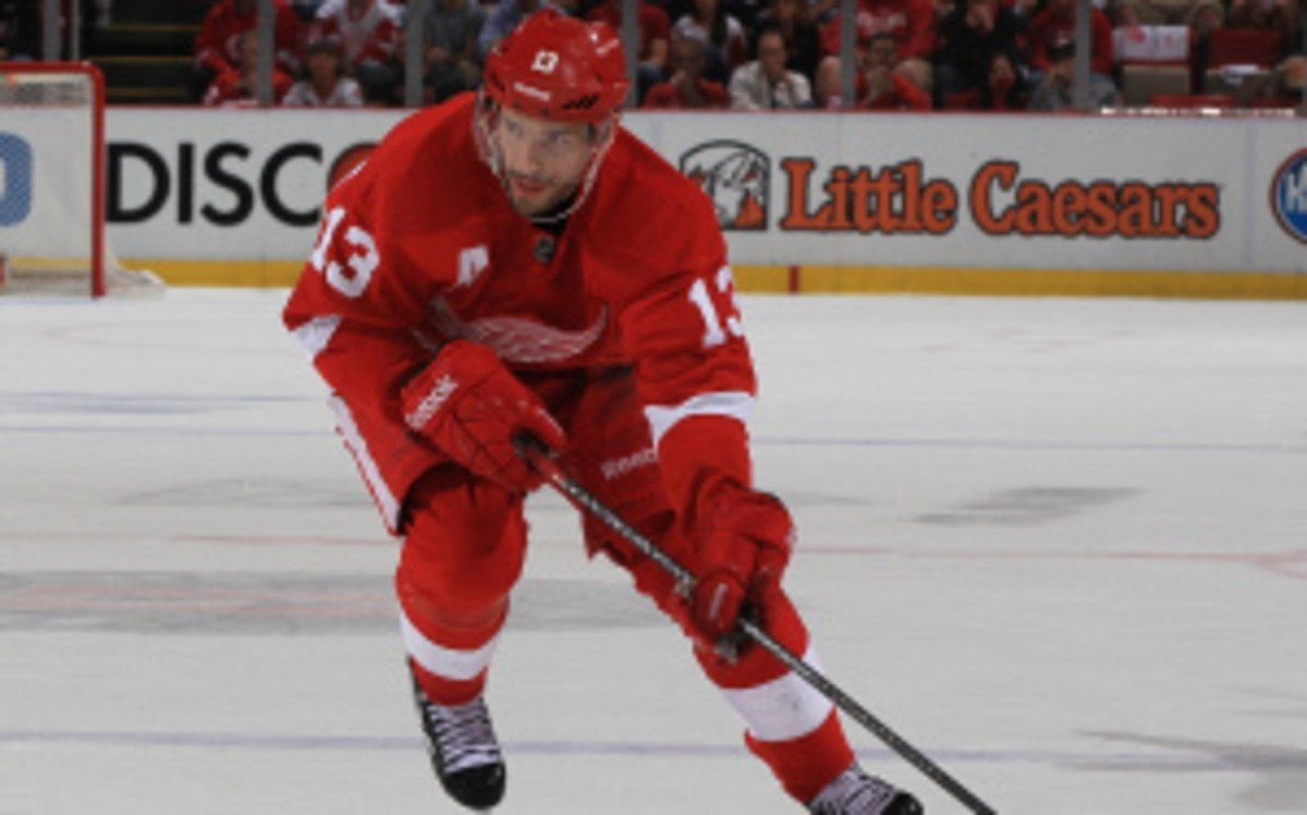 Pavel Datsyuk announced Tuesday that he has signed a three year extension with the Red Wings. (Dave Reginek/Getty Images)