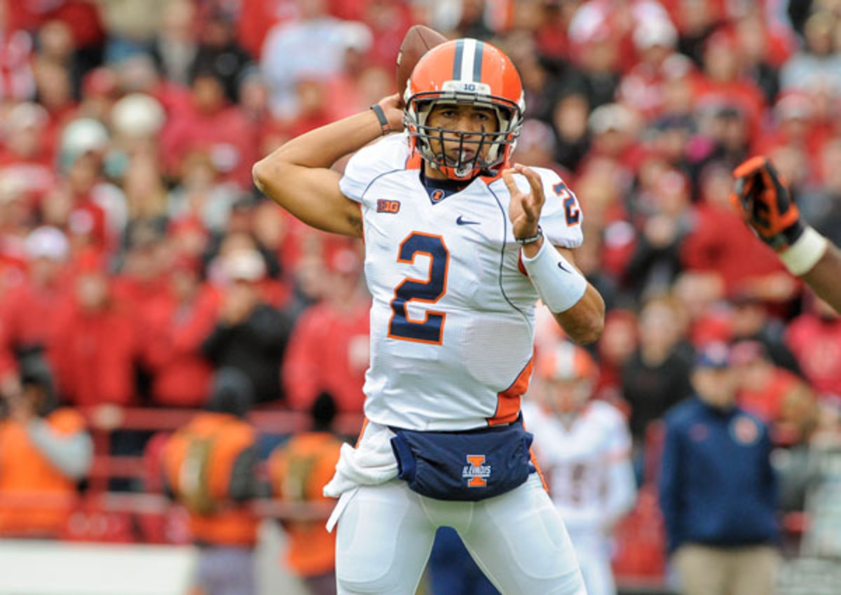 Nathan Scheelhaase's father was arrested during Illinois' last home game. (Eric Francis/Getty Images)