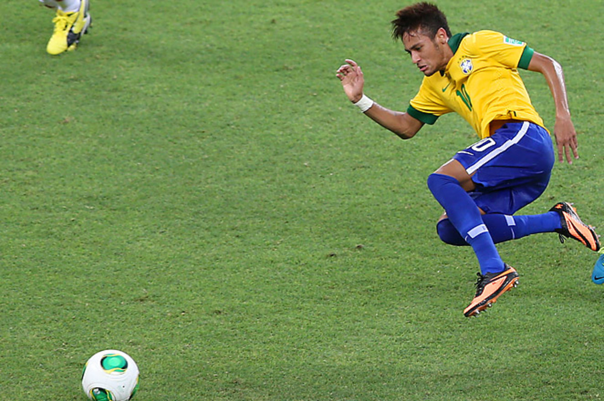 Neymar scored a goal and set up a second in Brazil's 2-0 win over Mexico in the Confederations Cup.