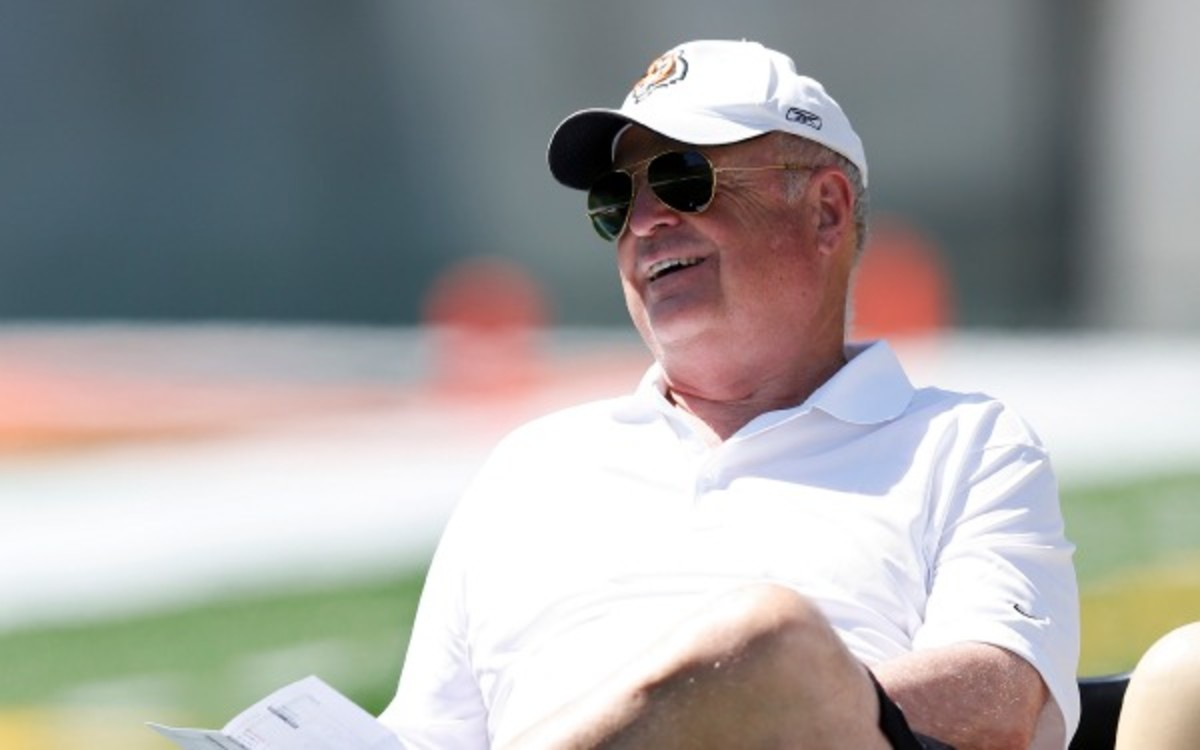 """Bengals owner Mike Brown says linking concussions and dementia is """"speculation"""" (Joe Robbins/Getty Images)"""
