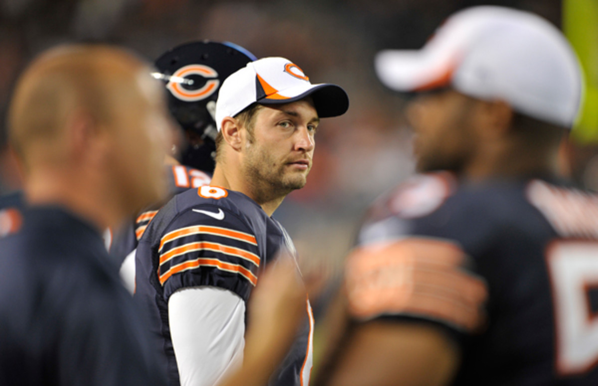 2013 will be a make-or-break year for Jay Cutler, who needs to make some serious adjustments. (Jim Prisching/AP)