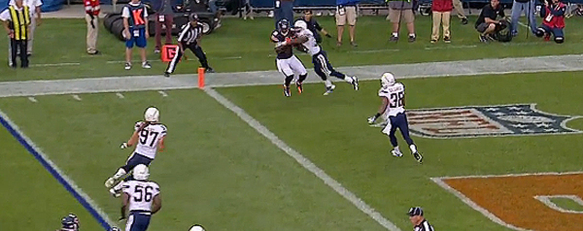But Marshall hand-fights his way through coverage, and comes back to the ball for a touchdown. Cutler exhibits optimal ball placement despite imperfect mechanics.
