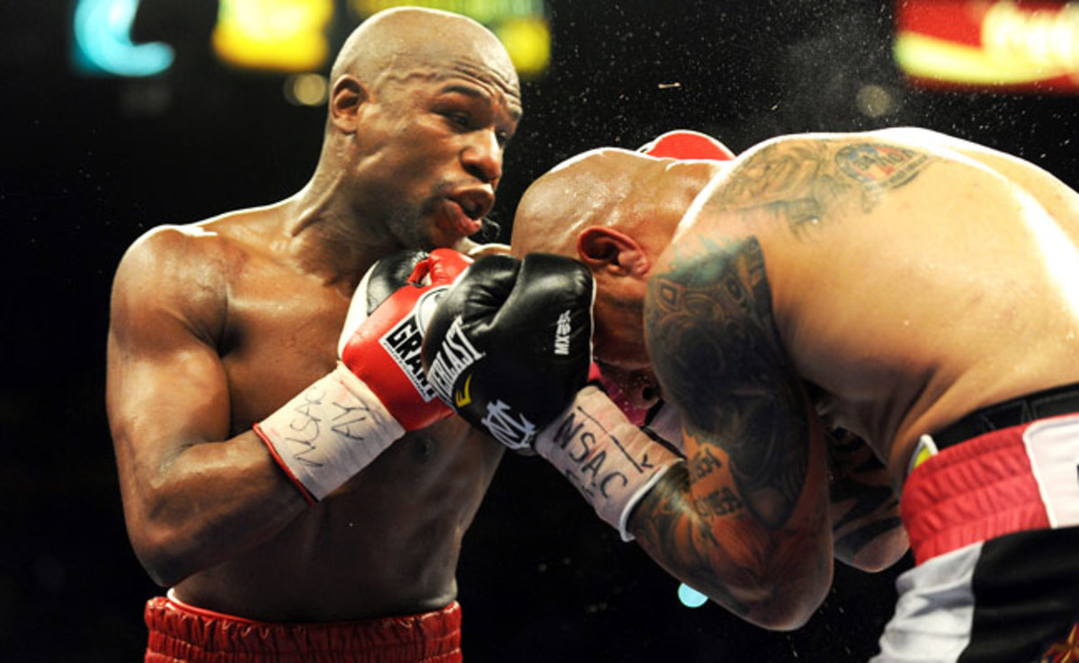 Floyd Mayweather Jr. was last in the ring in May 2012, when he defeated Miguel Cotto.