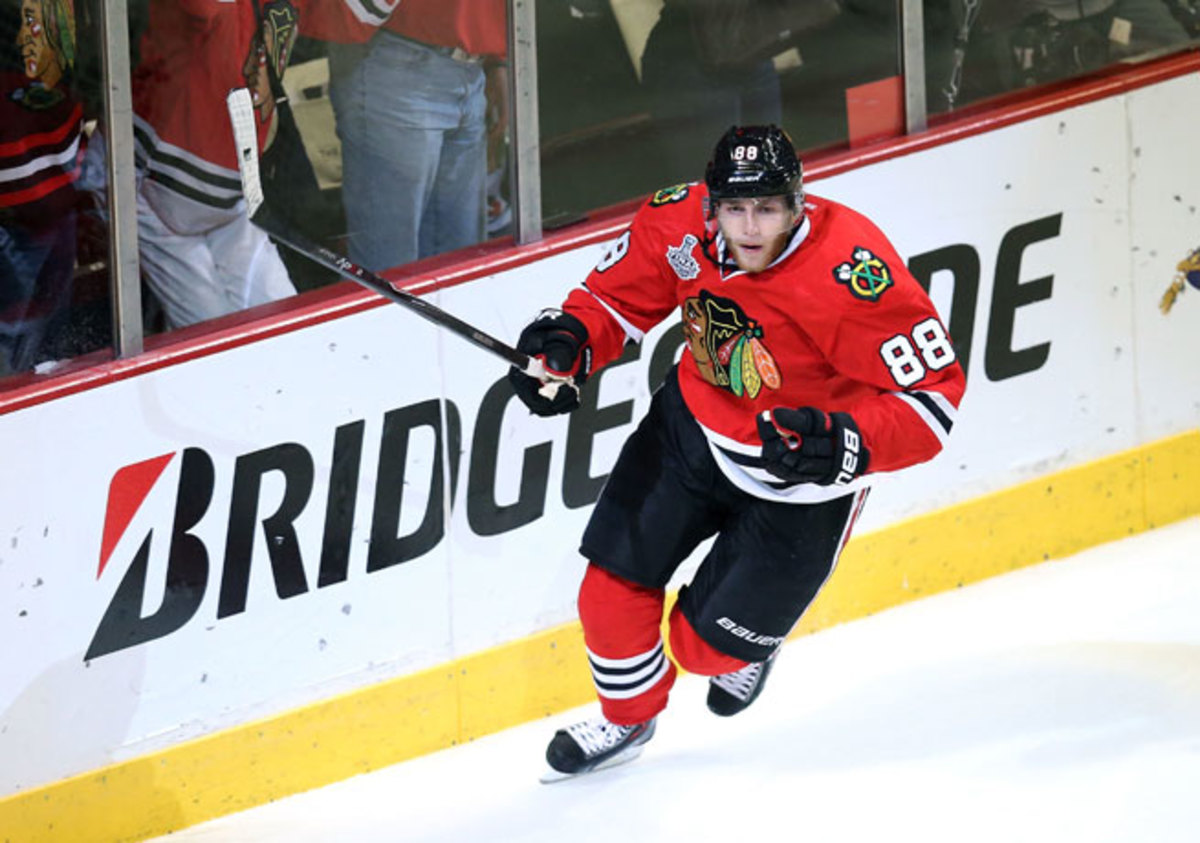 Patrick Kane's fleet feet and soft hands made him tough for the Bruins to contain during Game 5.