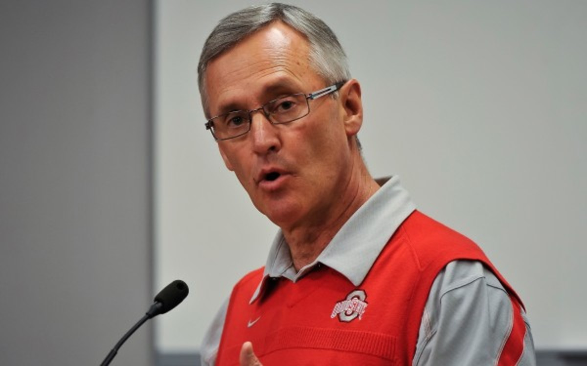 Jim Tressel will co-teach a class at Akron this fall. (Jamie Sabau/Getty Images)
