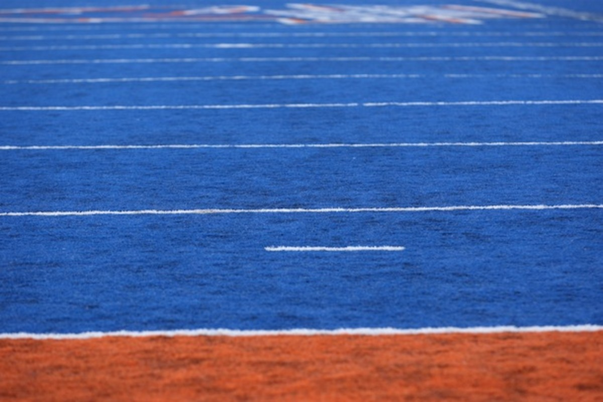There are nine Boise State football players in this picture. Can you spot them all? (AP)