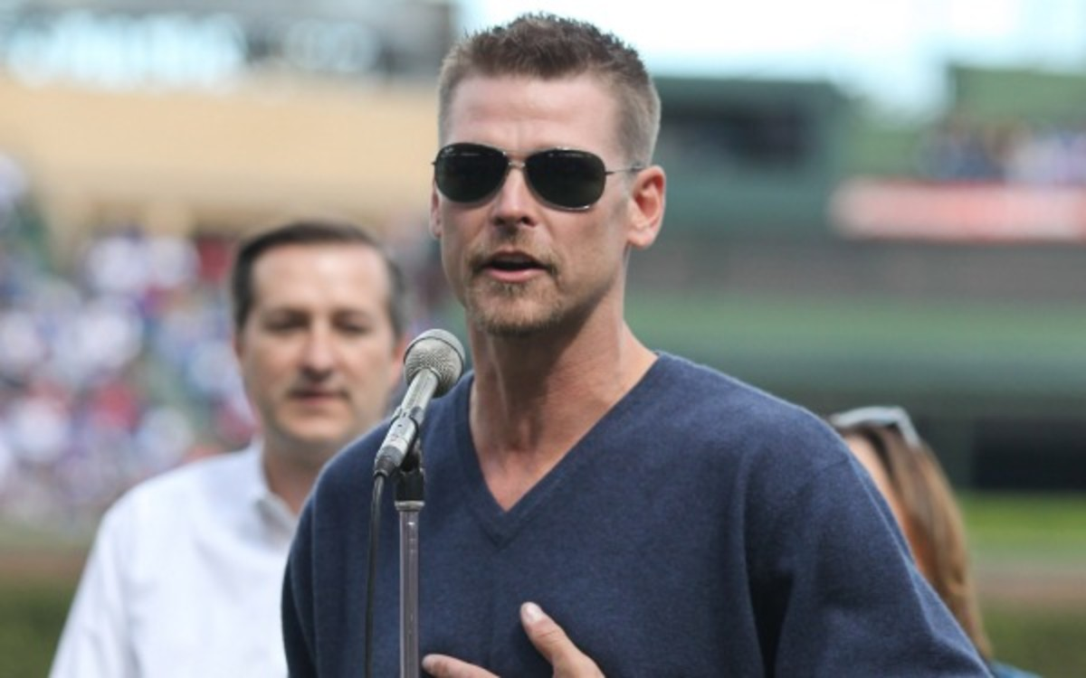 Former MLB pitcher Kerry Wood found a dead body in a harbor on Monday. (Tasos Katopodis/Getty Images