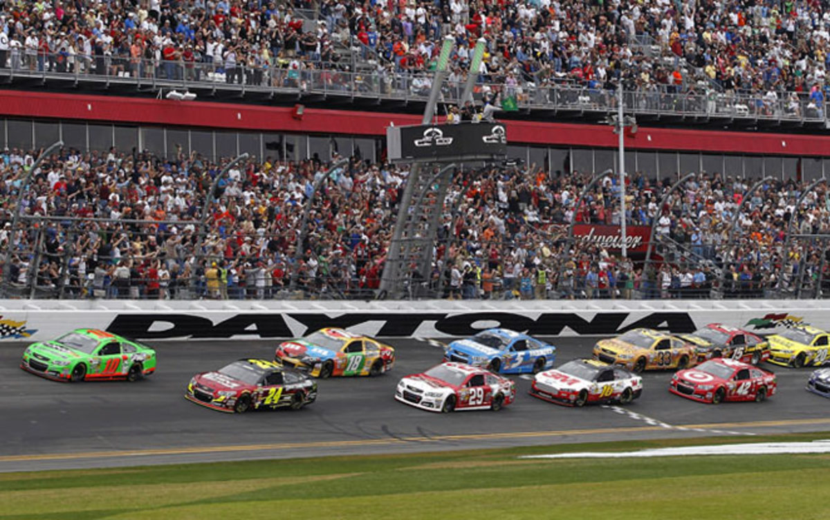 Danica Patrick (10) became the first woman to lead a lap at the famed Daytona 500.