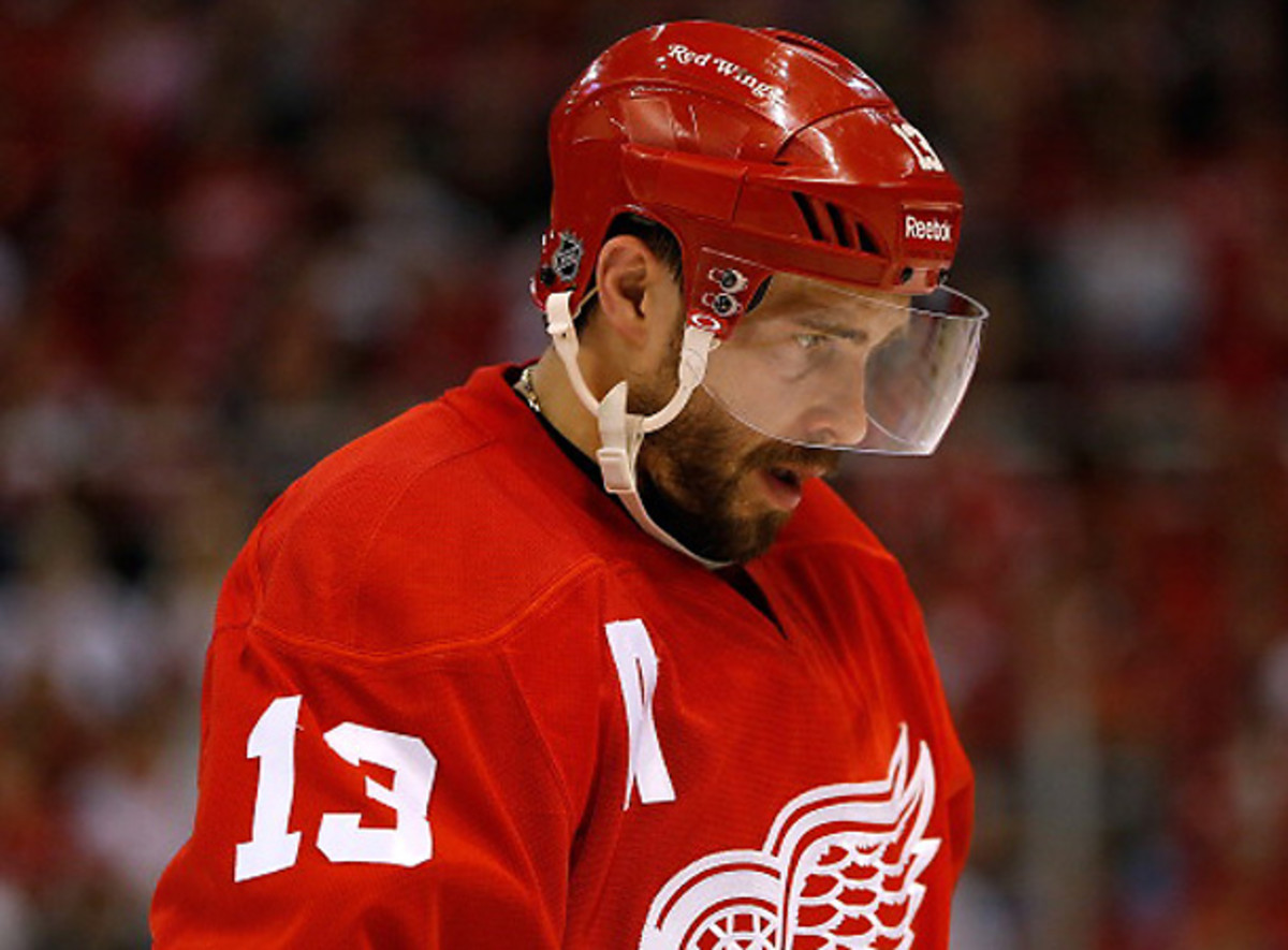 Pavel Datsyuk was targeted by CSKA Moscow, but the Red Wings star opted to stay in Detroit. [Gregory Shamus/Getty Images]