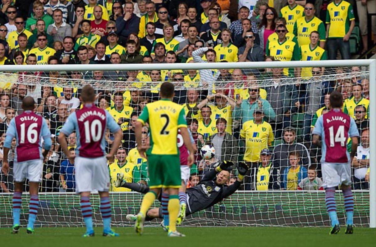 Brad Guzan saved an early penalty kick from Robert Snodgrass in a 1-0 Aston Villa win.