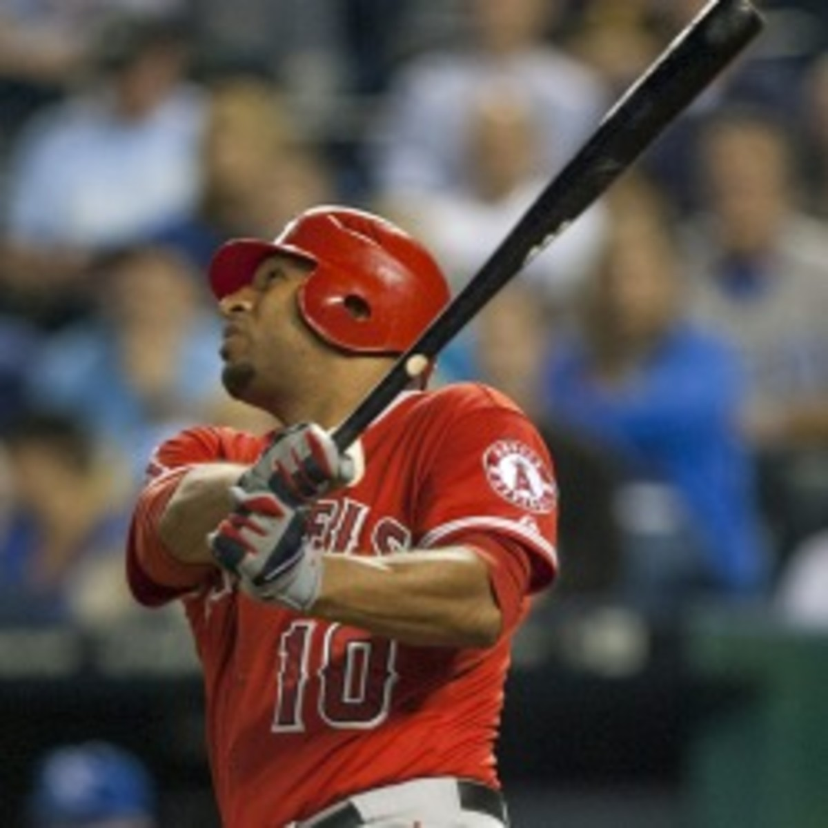 Angels outfielder Vernon Wells said he will retire after the 2014 season. (Tim Umphrey/Getty Images)