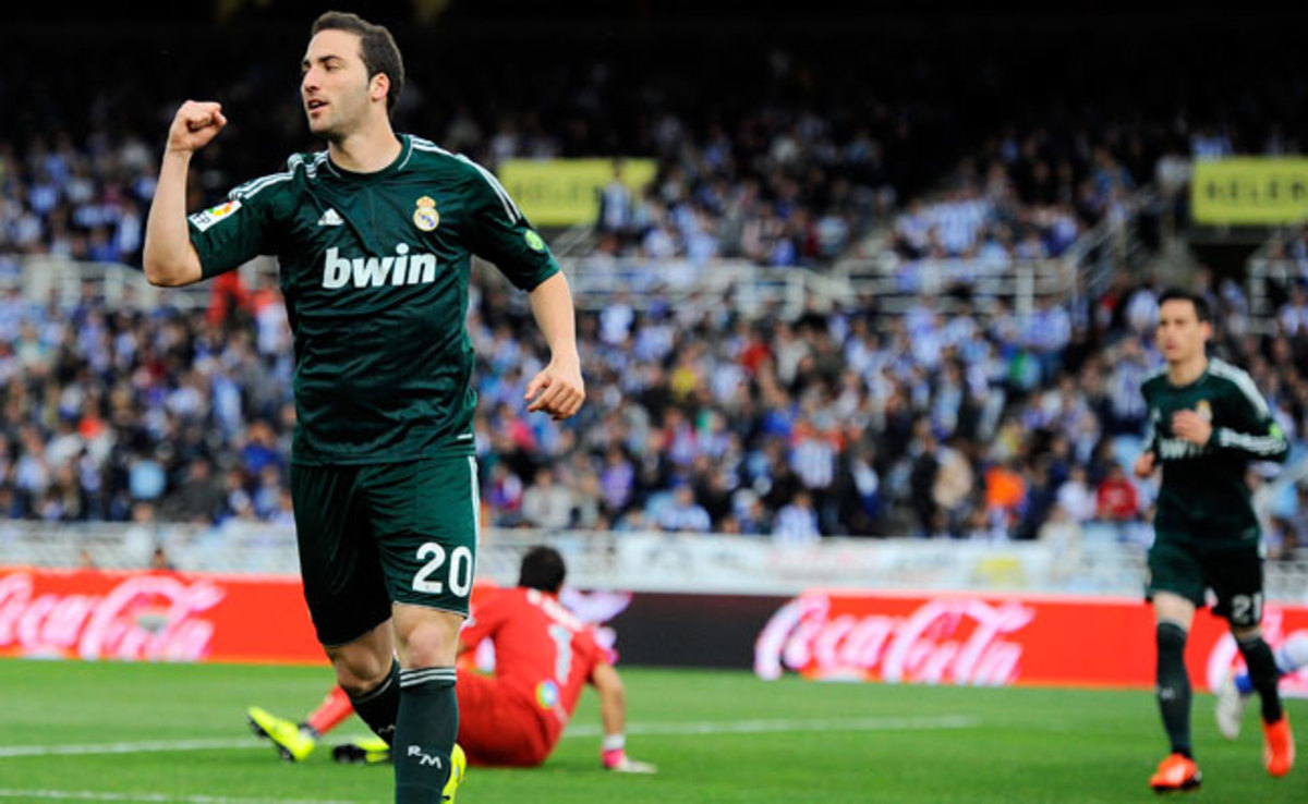 25-year-old Argentine striker Gonzalo Higuaín has been with Real Madrid since 2007.