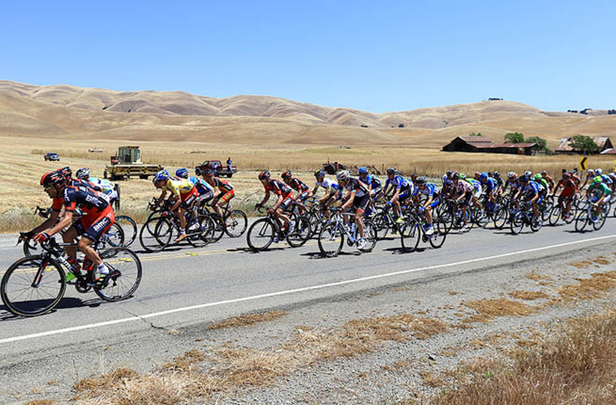 The peloton leaves Livermore at the start of Stage 7 from Livermore to Mt. Diablo.