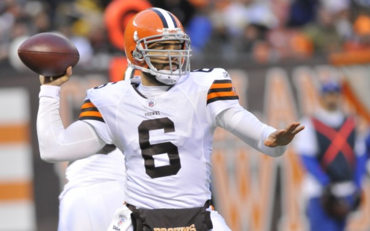 The 49ers have signed quarterback Seneca Wallace. (Diamond Images/Getty Images)
