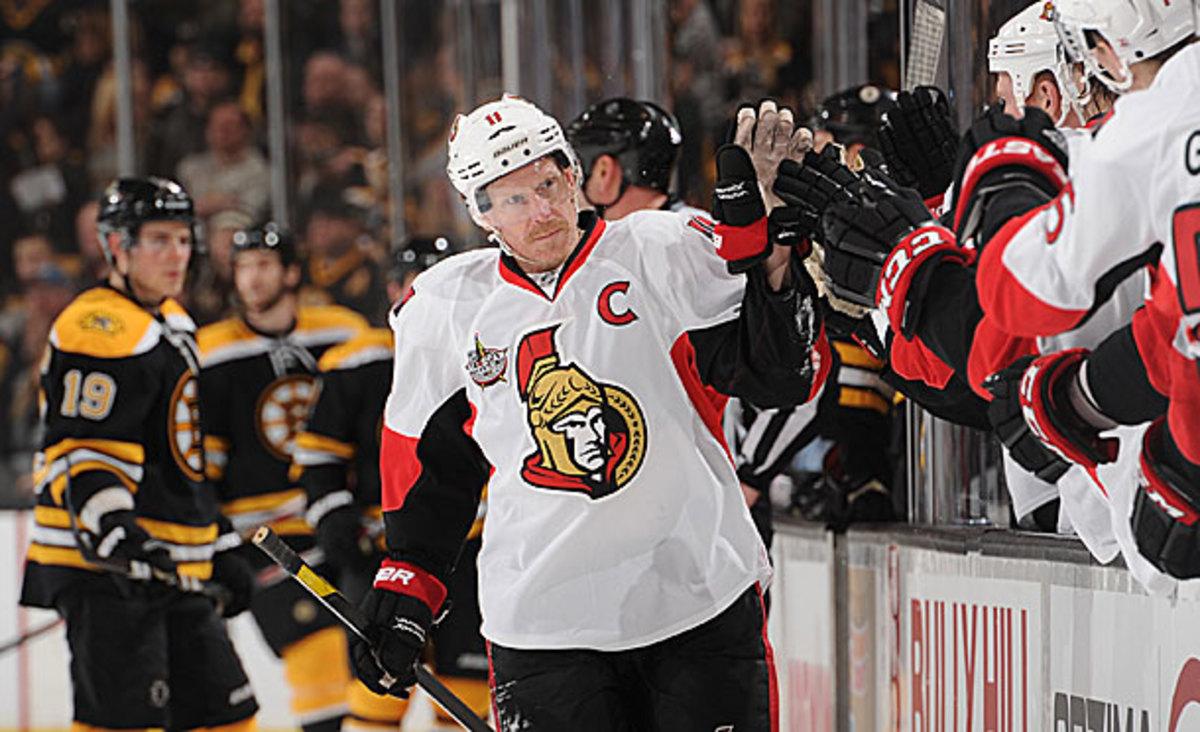 Ottawa Senators captain Daniel Alfredsson could be traded to the Boston Bruins.