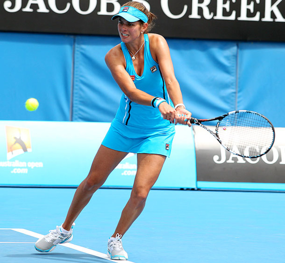 julia-goerges-outfit