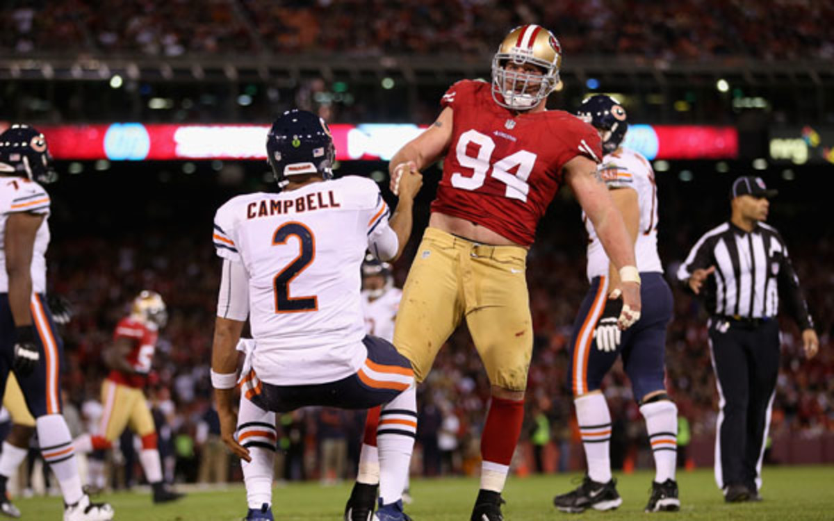 Justin Smith has signed a contract extension with the 49ers. (Ezra Shaw/Getty Images)