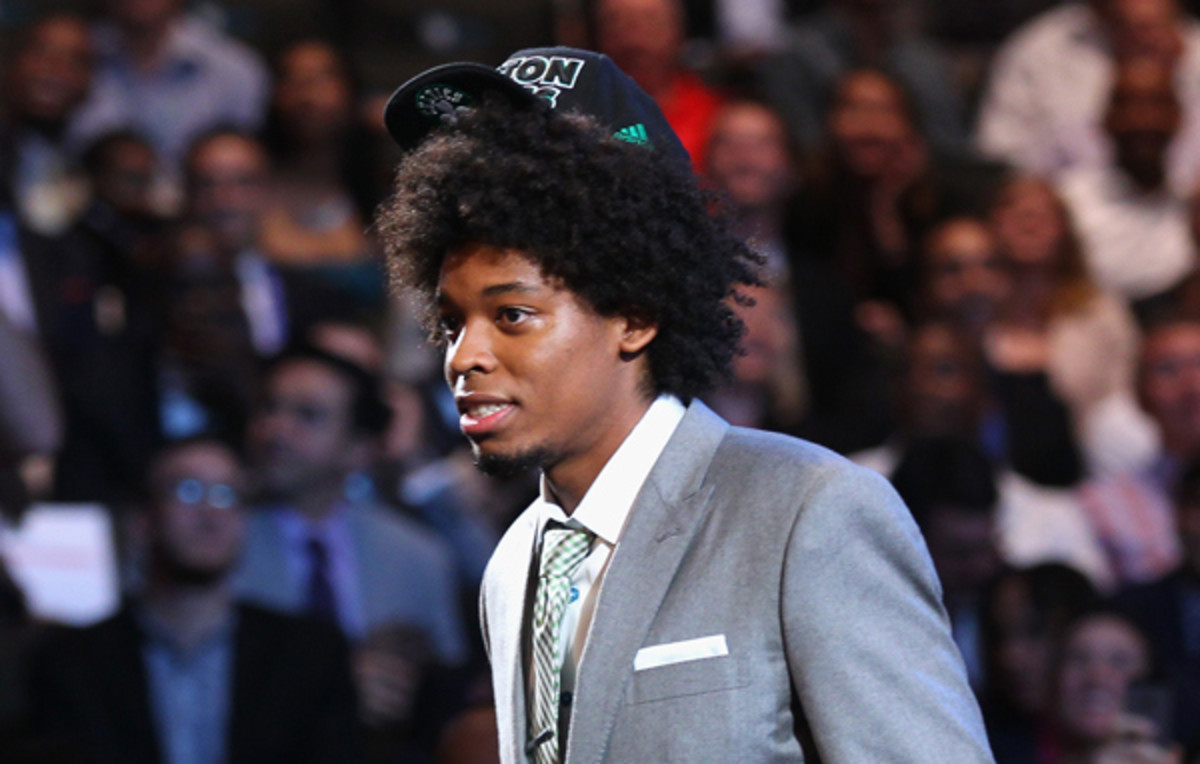 Lucas Nogueira carefully balanced a hat on top of his head.