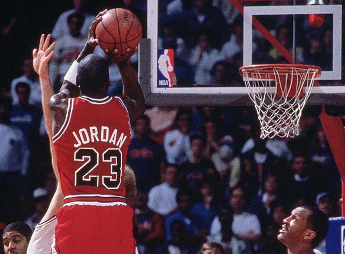 Michael Jordan shots over Craig Ehlo