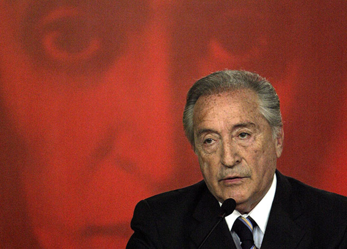 Uruguay's Eugenio Figueredo will head CONMEBOL until at least 2015, when a full election will be held.