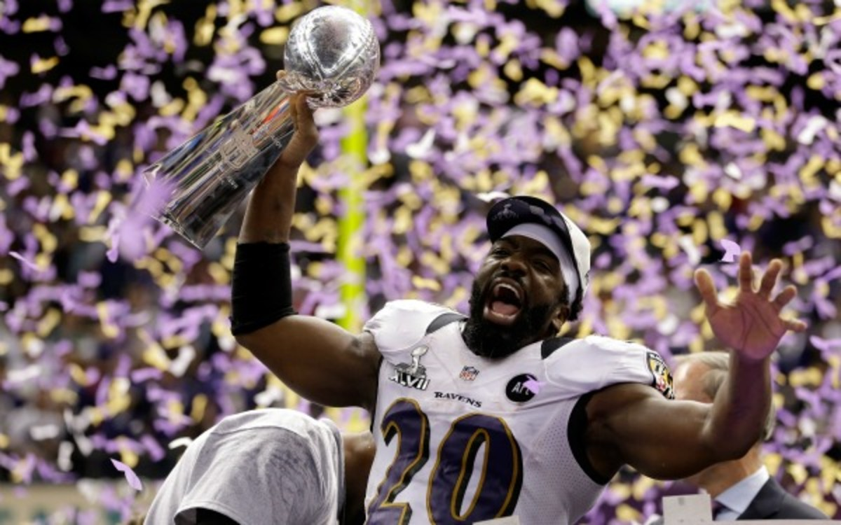 There is still no set timetable for Ed Reed's recovery from hip surgery. (Ezra Shaw/Getty Images)