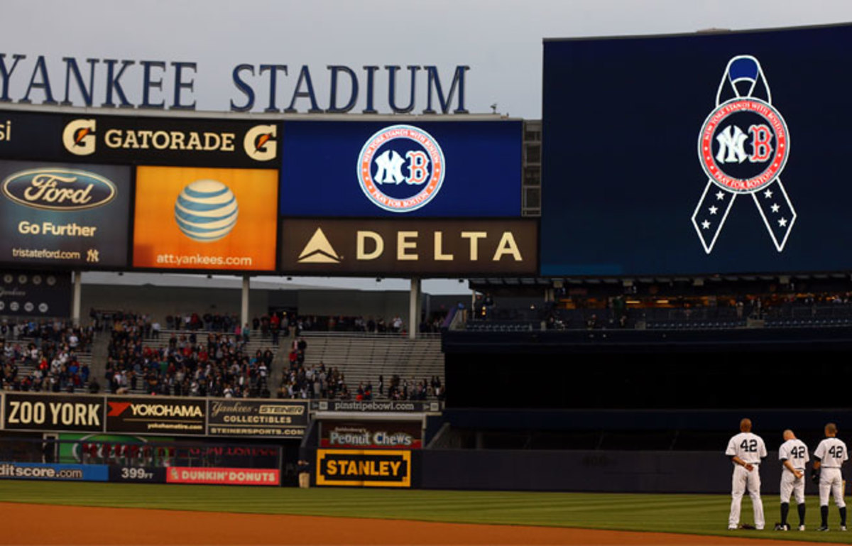 The Yankees observed a moment of silence to honor the victims of the Boston Marathon bombings on Tuesday.