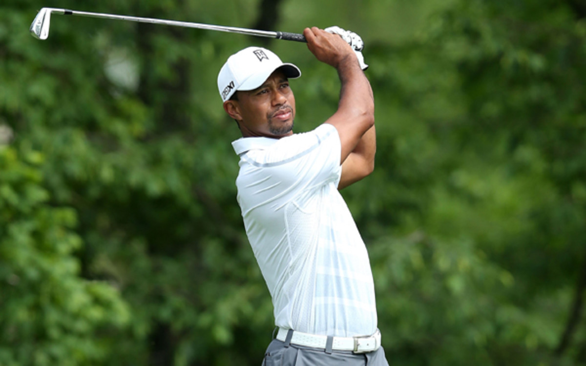 Tiger Woods first signed with Nike upon turning pro in 1996.(Photo by Andy Lyons/Getty Images)
