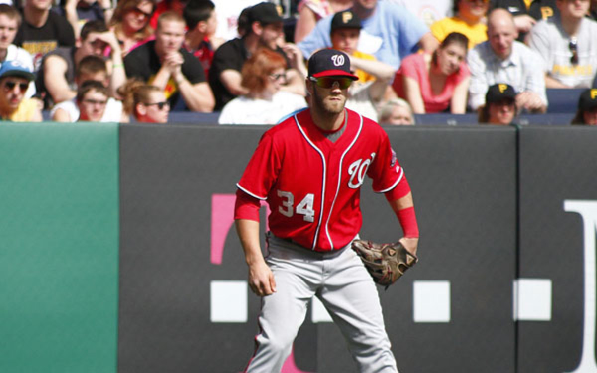 Outfielder Bryce Harper failed to make a crucial catch in Washington's loss to San Francisco on Tuesday night. (Justin K. Aller/Getty Images Sport)