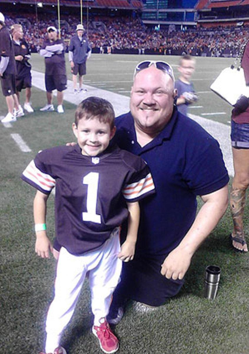 5-year-old Ryan Encinas (left)
