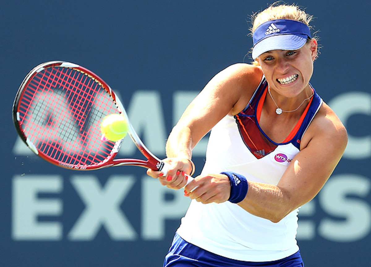 Angelique Kerber drew a first-round bye, but was knocked out prematurely by Elena Vesnina.