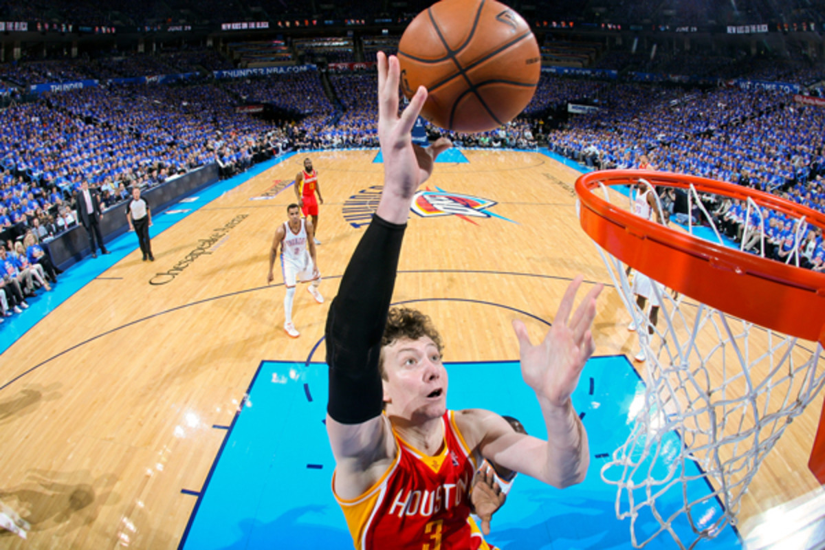 Omer Asik came up huge against the Thunder in Game 5. (Layne Murdoch/Getty Images)
