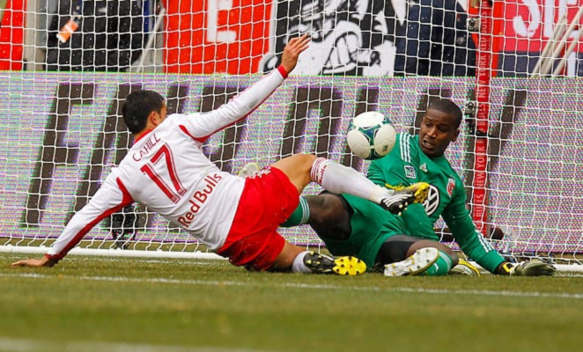 Bill Hamid came up big on several occasions in D.C. United's 0-0 draw with the New York Red Bulls.