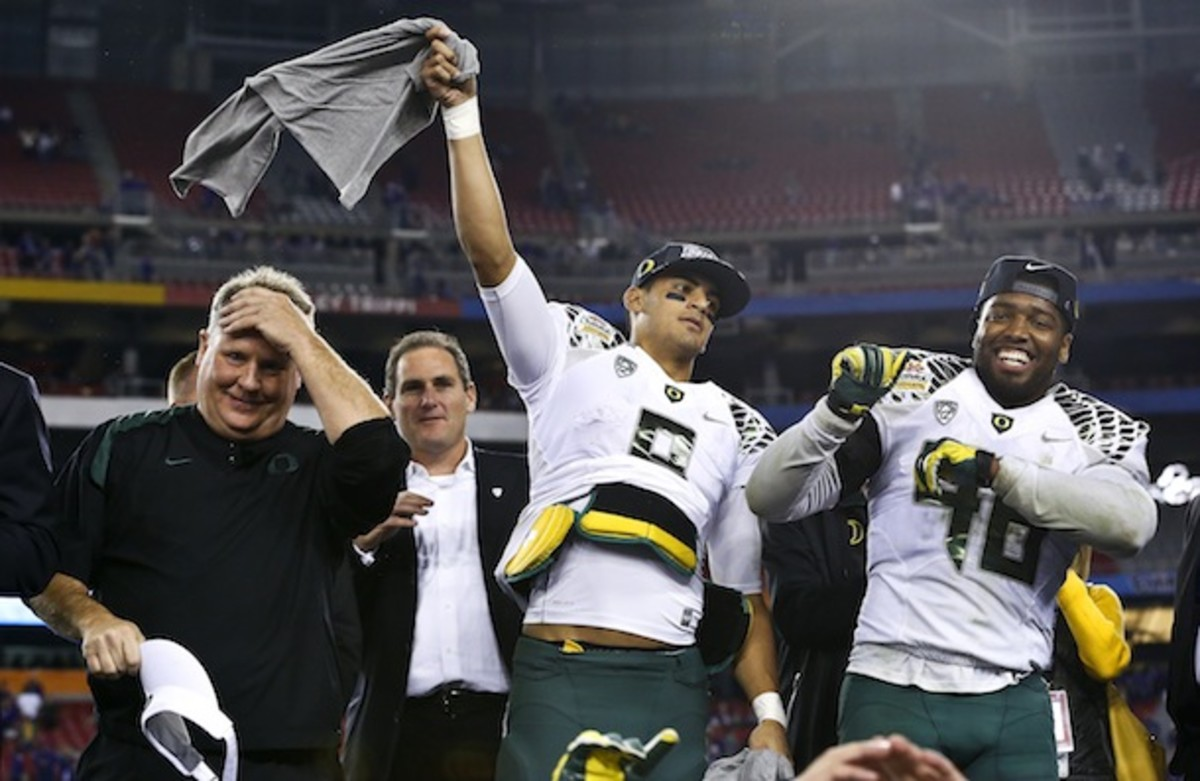 Marcus Mariota may not have a Heisman Trophy just yet, but would you look at those cheekbones?