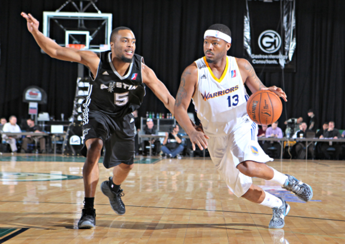 The Spurs and Warriors each have their own single -affiliate D-League franchises, but other teams have been slow to catch on to the trend. (Photo by Jack Arent/NBAE via Getty Images)