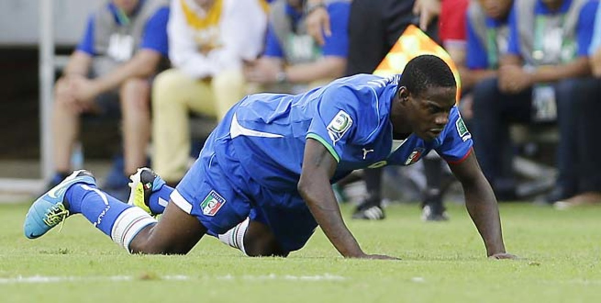Italy will face Spain in the semifinals without AC Milan striker Mario Balotelli.