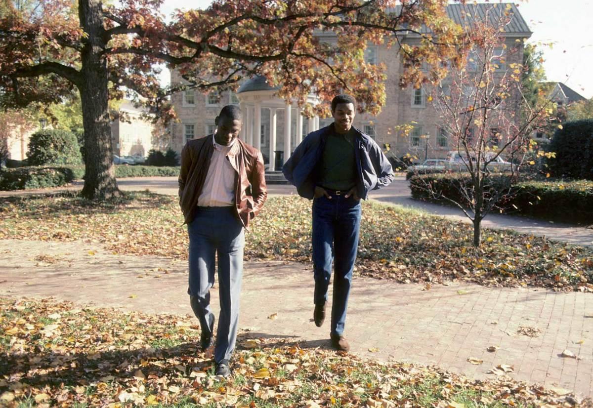 1983-Michael-Jordan-Sam-Perkins-Dean-Smith-079003339.jpg