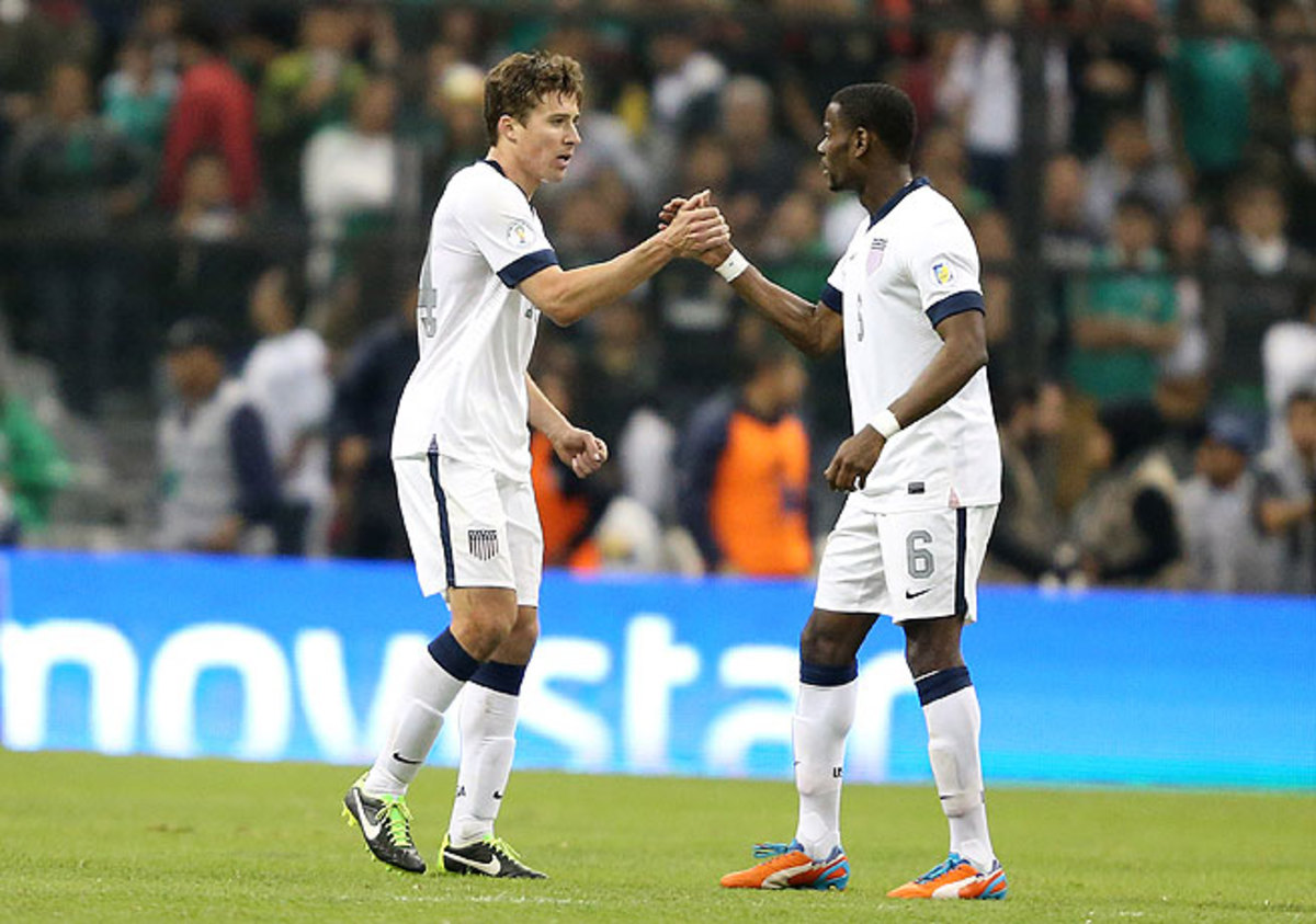 Maurice Edu (right) played during the United States' draw against Mexico in March.