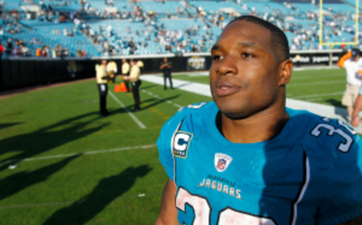 Maurice Jones-Drew will not be charged for an alleged fight with a security guard in May. (Joe Robbins/Getty Images)