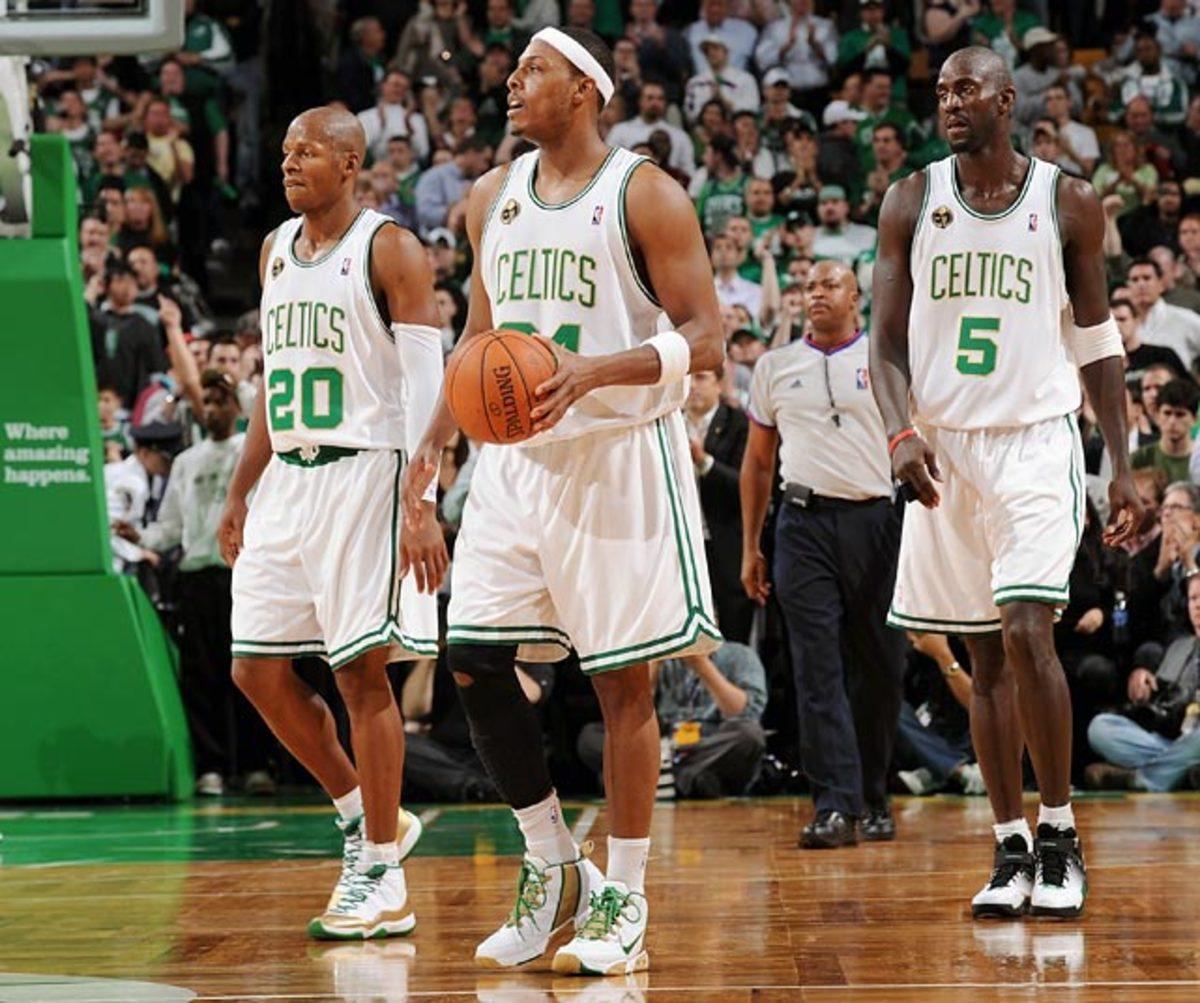 Boston Celtics: 19