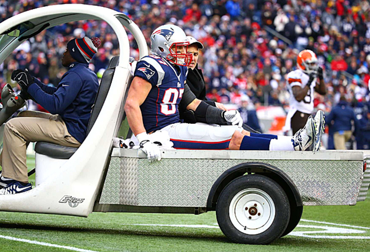 Rob Gronkowski suffered a season-ending tear to his ACL in Week 14 against the Cleveland Browns.